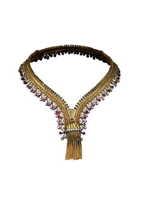 Zip necklace transformable into a bracelet, 1954 - Patrick Gries © Van Cleef & Arpels